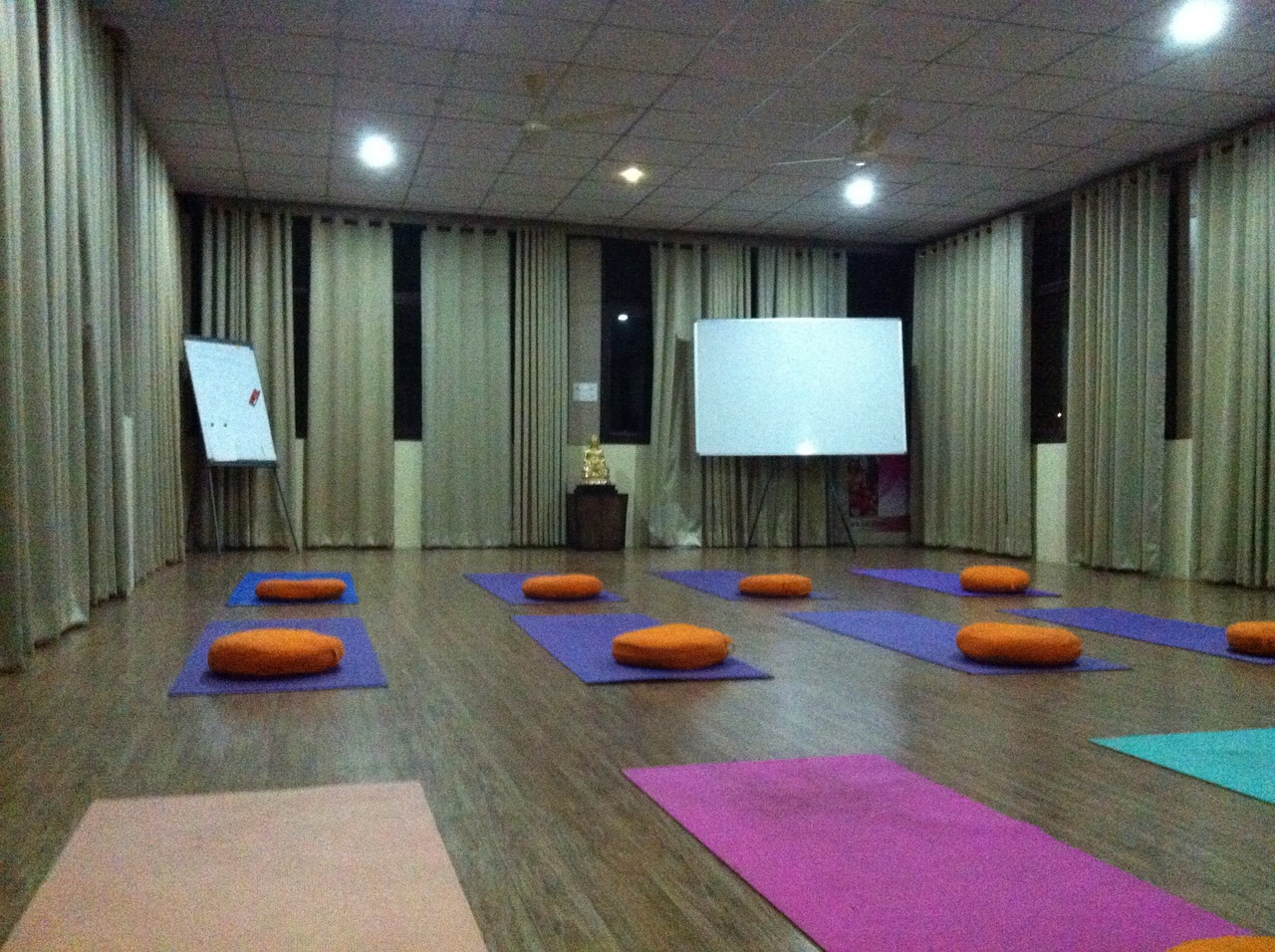 Vishwa Shanti Yoga School first image
